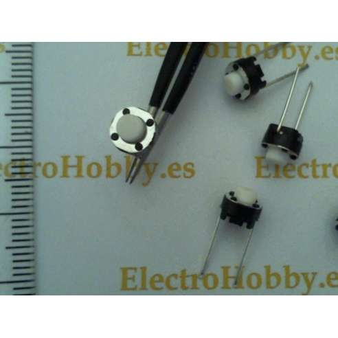 Pulsador 6x6x5 Protoboard B